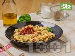 Кус-кус с мариновани сушени домати - снимка на рецептата